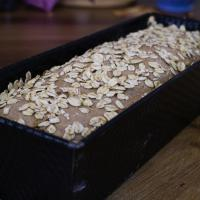 Körniges Brot mit agaSaat