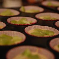 Rhabarber Muffins mit knusprigen Streuseln