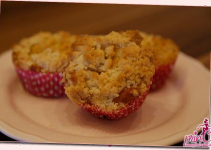 Rhabarber Streusel Muffins für Muttertag